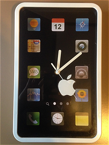 """Apple"" mobile phone clock"